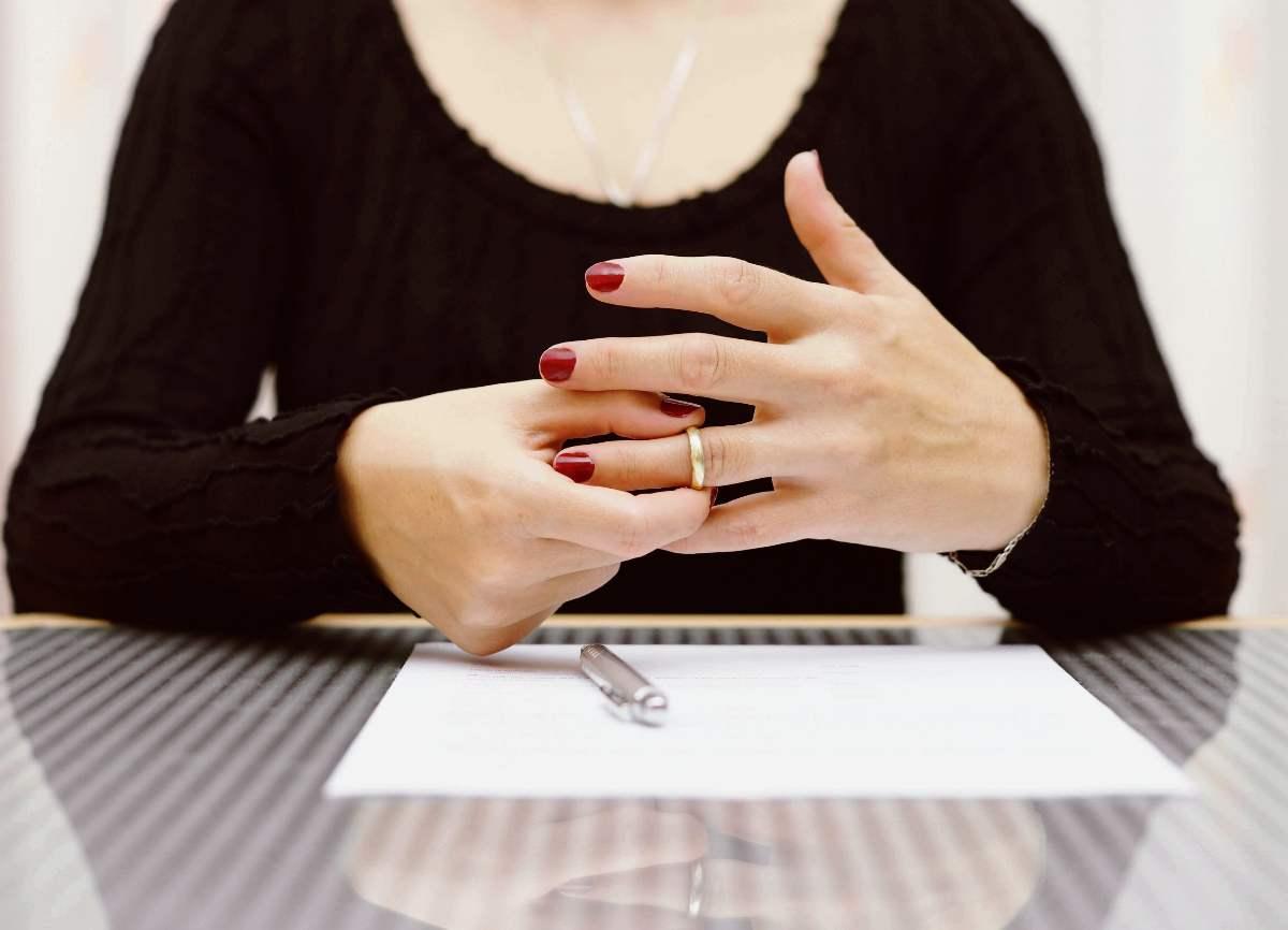 развод без одного супруга
